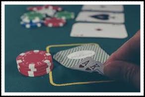 裏カジノの細かすぎるモノマネ芸人は誰?名前や顔写真は?賭博謹慎